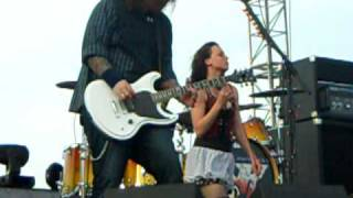 "Seether "" Broken "" With Lizzy from Halestorm. Edgefest 7 Little Rock Ar"