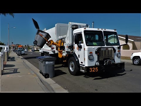 Waste Resource's Demo Garbage Trucks