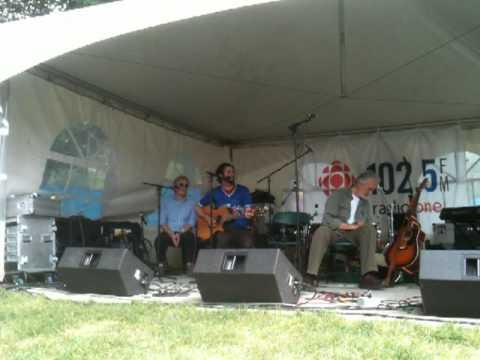 Library Voices - sunday workshop - Regina Folk Festival 2011