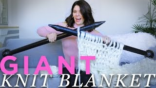 DIY GIANT KNIT BLANKET | THE SORRY GIRLS