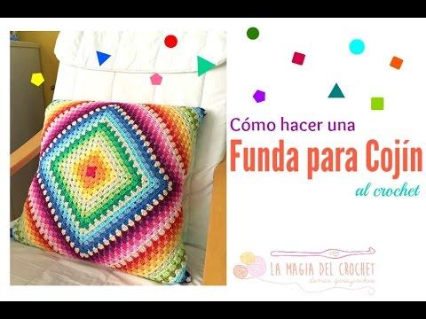Cómo hacer una funda para cojín con un granny square a crochet - YouTube