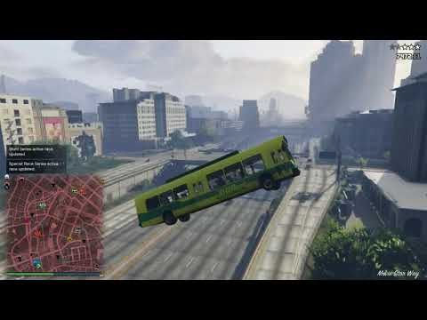 GTA V with friends: The best public transport system in the world!