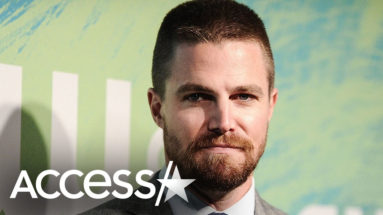 Stephen Amell Reveals Positive COVID-19 Test & Details Symptoms
