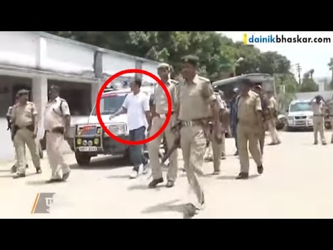 SHOCKING! Sharp Shooter Touches Feet of Gangster Infront of Police