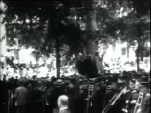 President Warren G  Harding and Calvin Coolidge in 1920 film
