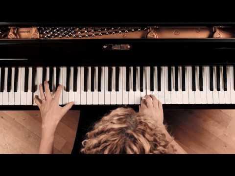 Satie: Gnossienne No. 3 – Joanna MacGregor, piano