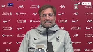 Jurgen Klopp gives a lesson in respect when asked about Sadio Mane's handshake snub