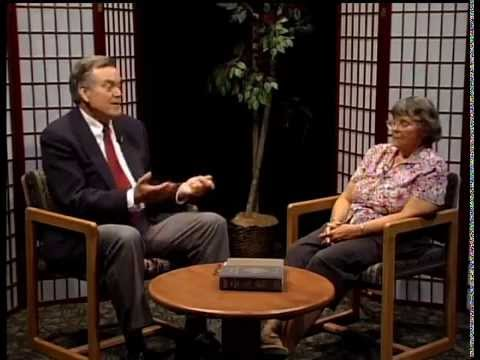 Bill O'Donnell interviews  Teresita Scully