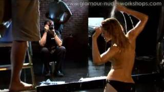 Repeat youtube video Glamour-nude-workshop (1).mp4