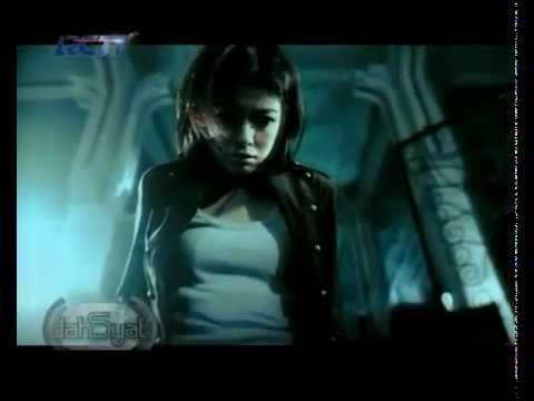 ST 12 - Jangan Pernah Berubah (Super HQ Audio Video)  with LYRICS CAPTION.flv