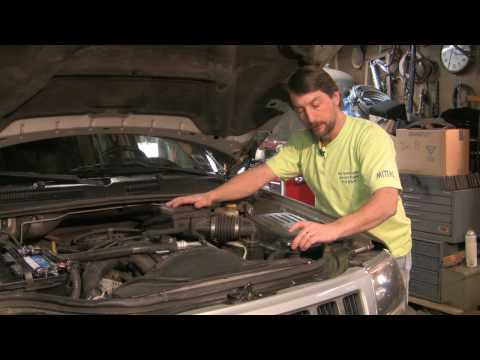 Auto Repair & Maintenance : How To Cool An Overheated Engine