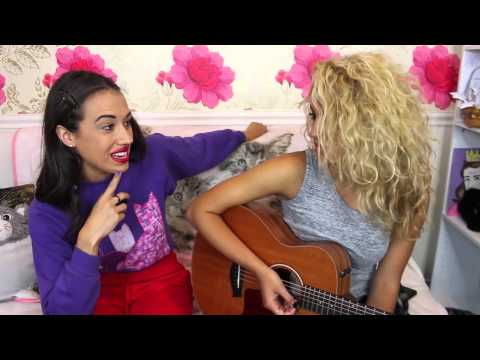 Miranda gives Tori Kelly A Voice Lesson