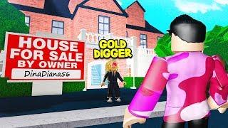 Eu comprei uma casa.. Mas um ESCAVADOR de ouro usado para possuir isso! (Roblox)
