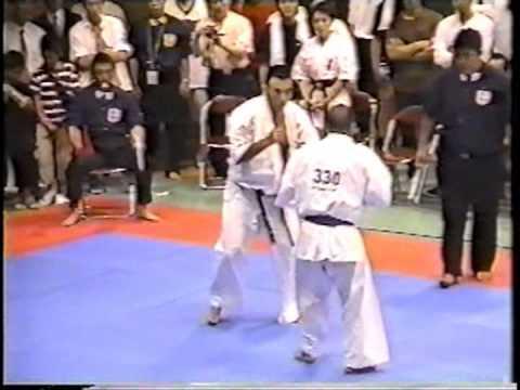 極真会館 2004年全関西大会 樋口恵士 準決勝 (Kyokushin 2004 All Kansai) 滋賀空手