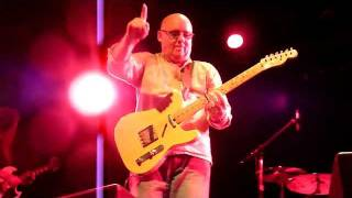 HD Mr RONNIE MONTROSE !! LIVE 2011 Dan McNay Solo BAD MOTOR SCOOTER 10+ MINS !!P1280402