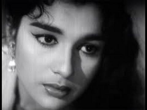 Romantic song Itna Na Mujh Se Tu Pyar - Asha Parekh, Sunil Dutt, Movie Chhaya