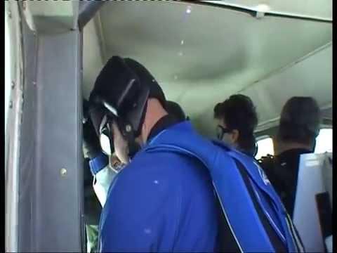 ..Paracadutismo 4500 Metri ALE & YARI...Sky Team CREMONA...