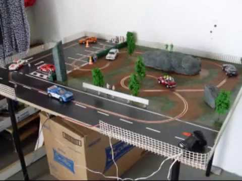 Circuito de slot en madera rally parking youtube for Decoracion circuitos slot