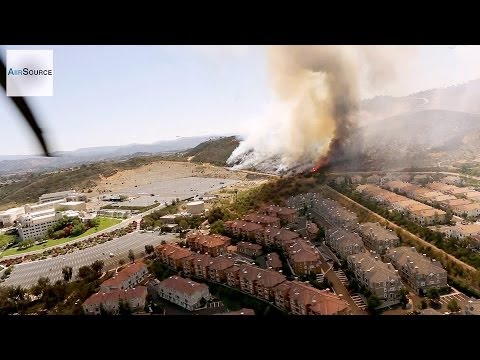 Marines Fight Cocos Wildfire in San Marcos, California. (May, 2014)
