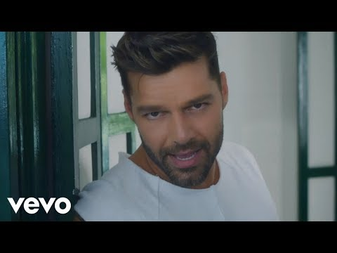 Thumbnail: Ricky Martin - La Mordidita (Official Video) ft. Yotuel