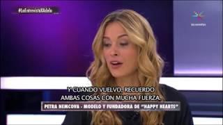 Petra Nemcova - La entrevista con Adela