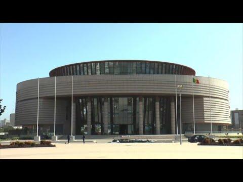 Le Sénégal veut la restitution de toutes ses oeuvres en France