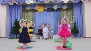 """Детский спектакль по мотивам сказки В. Сутеева """"Под грибом"""""""