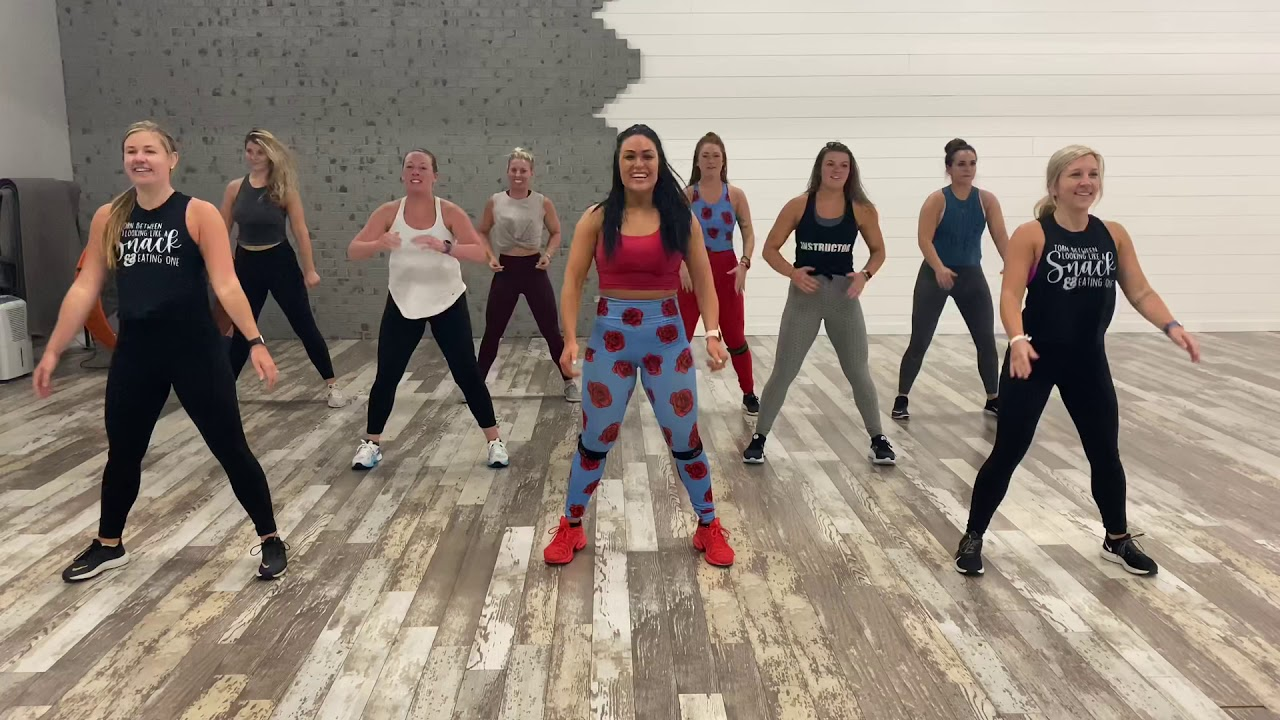 Savage Remix - Megan Thee Stallion & Beyoncé - Dance Fitness with Jessica