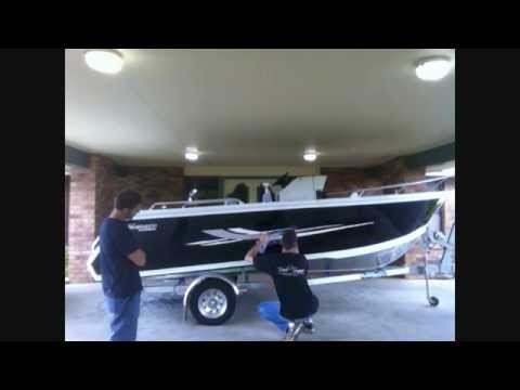 BOAT GRAPHICS DECAL STICKER APPLICATION by REEL SIGNS®