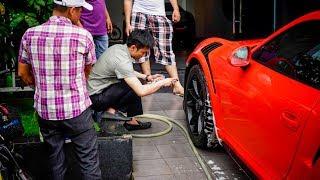 Đam mê đích thực là đây: Anh Cường Đô La tận tay chăm sóc cho xế cưng Porsche 911 GT3 RS 12 tỷ mới tậu :O