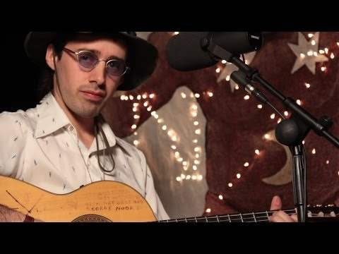 Juan Wauters - Nena / Water / Ay Ay Ay (Local Live In-Studio)