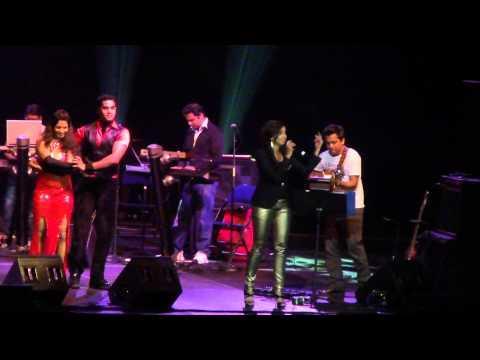 Teri meri meri teri prem kahani -- Shreya Ghoshal Concert 2012 in CT