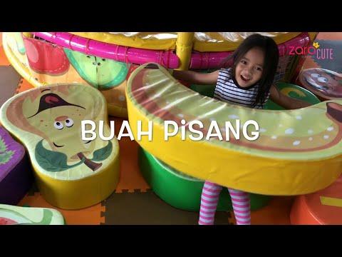 Home Schooling | Zara belajar Nama Nama Buah dan Warna di Playground Mandi Bola | Kursi Buah Raksasa