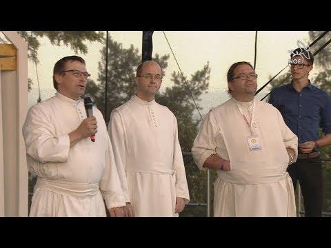 Uvítání bratrů Premostrátů CSM na Svatém Kopečku