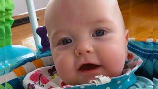 Bebês mais fofos e doces da semana - Vídeos caseiros mais engraçados