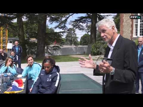 Message d'Aimé Jacquet aux Bleues avant la Coupe du Monde