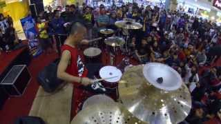 Ikmal Tobing - solo drums at Palur Plasa Solo