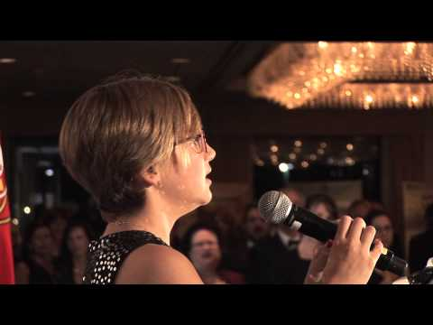 Emma sings for Portuguese-Americans