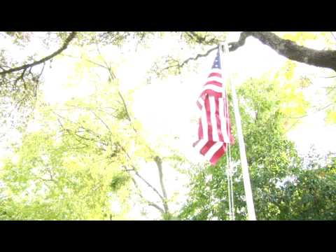 How To Handle & Fold The American Flag : Holidays You Should Fly The Flag