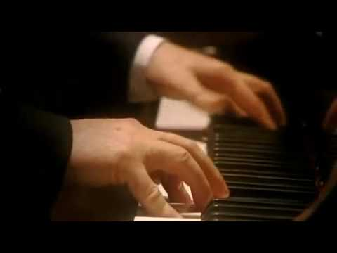 Barenboim plays Beethoven Sonata No. 16 in G Major, Op. 31 No. 1, 3rd Mov.
