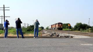 3 railfans and a train