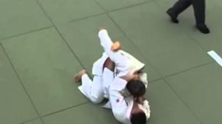 #Brazilian Jiu-jitsu (Martial Art) #fight #Wrestling (Sport) #armlock, #джиу джитсу болевой #прием(Brazilian Jiu-jitsu (Martial Art) #fight #Wrestling (Sport) #armlock, #джиу джитсу, #борьба в партере, болевой #прием ч1 Борьба стоя #MMA пере..., 2015-09-30T16:46:25.000Z)