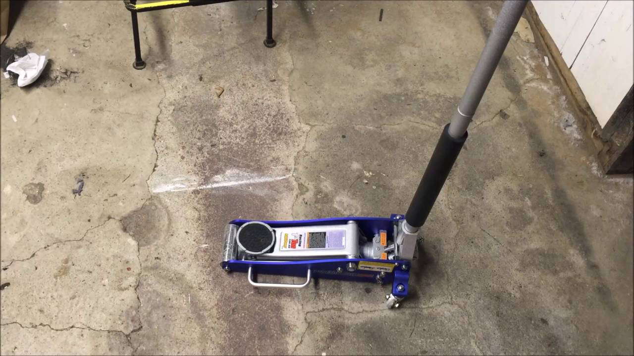 Harbor Freight 1 5 Ton Aluminum Racing Jack Review Youtube