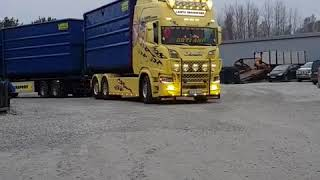 Scania S730 V8.