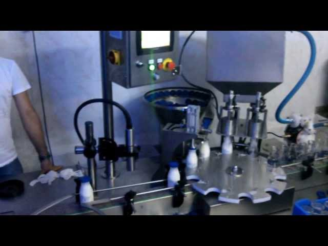 şişe dolum kapatma makinesi/bottle filling machine