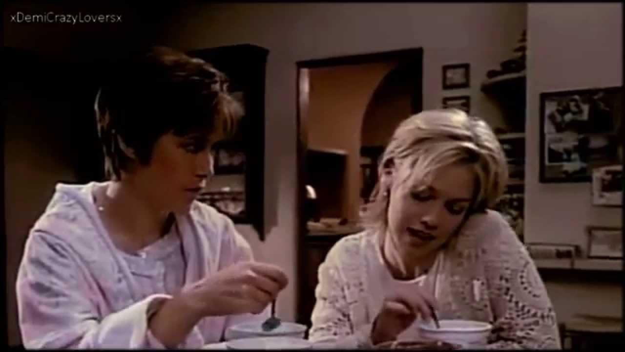 Download Jennie Garth as Kelly in Beverly Hills 90210! (Season 5)