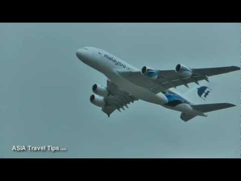 Farnborough 2012 Malaysia Airlines Airbus A380 Flying Display - HD