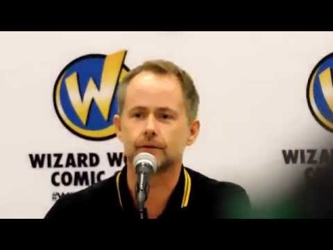 Viggo Mortensen Kissed Billy Boyd On Lord Of The Rings Set