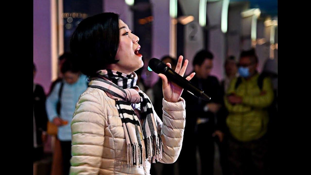 旺角小龍女龍婷20190124 中環碼頭—靜夜的單簧管+我願意+只想一生跟你走 - YouTube