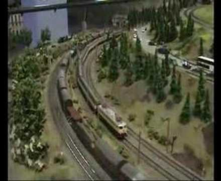 Modelling Railway Train Track Plans-Tremendous Tips For LOXX: Large model railroad railway layout scenery in Berlin!